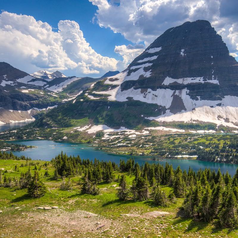 Hidden Lake and Bearhat Mountain